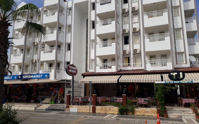 Отель Turan Apart вид на фасад