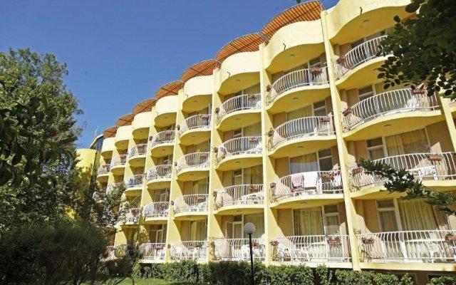 Отель HVD Bor Club Hotel - Все включено Болгария, Солнечный берег - отзывы, цены и фото номеров - забронировать отель HVD Bor Club Hotel - Все включено онлайн вид на фасад