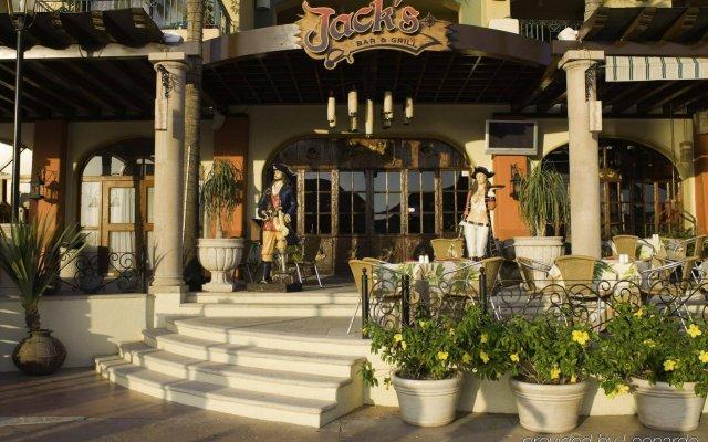 Отель Marina Fiesta Resort & Spa Золотая зона Марина вид на фасад