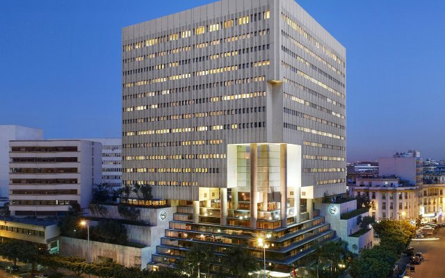 Отель Sheraton Casablanca Hotel & Towers Марокко, Касабланка - отзывы, цены и фото номеров - забронировать отель Sheraton Casablanca Hotel & Towers онлайн вид на фасад
