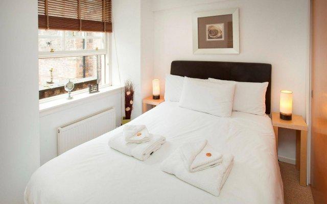 Отель St. Giles Apartments Великобритания, Эдинбург - отзывы, цены и фото номеров - забронировать отель St. Giles Apartments онлайн комната для гостей