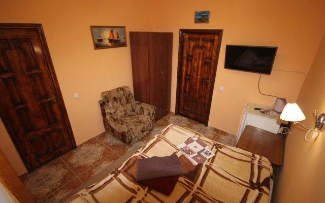 Гостиница Guest House on Kirova 78 в Анапе отзывы, цены и фото номеров - забронировать гостиницу Guest House on Kirova 78 онлайн Анапа комната для гостей