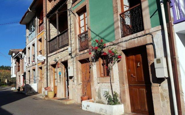 Отель El Juacu вид на фасад