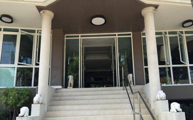 Отель Garden Paradise Hotel & Serviced Apartment Таиланд, Паттайя - отзывы, цены и фото номеров - забронировать отель Garden Paradise Hotel & Serviced Apartment онлайн вид на фасад