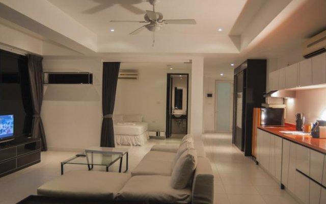 Отель Baan Ngern Muen Managed by Seeka Phuket комната для гостей