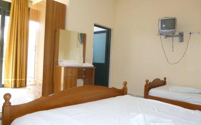 Hotel Rossi 2