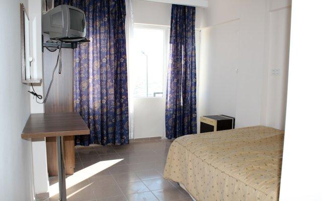 Отель Erdek Konuk Otel комната для гостей