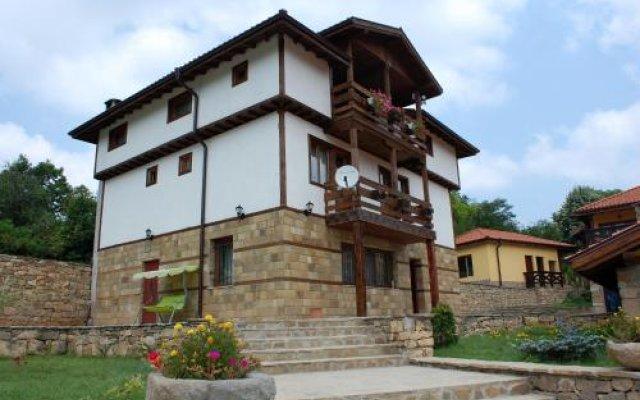 Отель Valdi Hill Complex Боженци вид на фасад