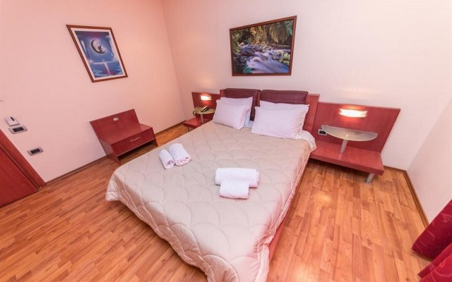 Hotel Brilant Saranda 1