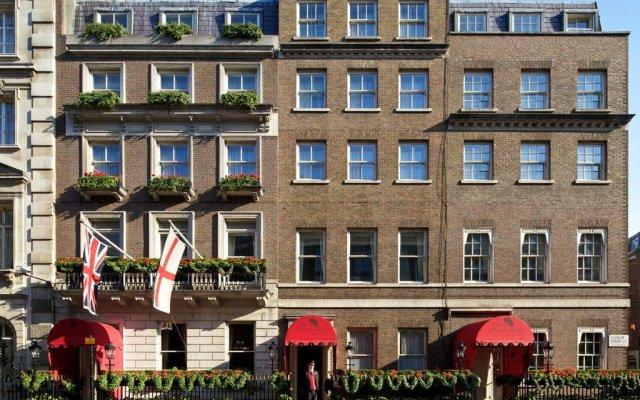 Отель The Chesterfield Mayfair вид на фасад