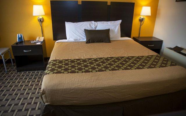 Отель Ahoskie Inn комната для гостей