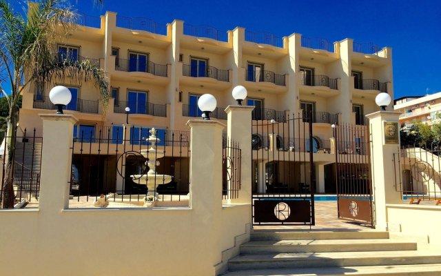 Отель Riviera Palace Италия, Порт-Эмпедокле - отзывы, цены и фото номеров - забронировать отель Riviera Palace онлайн вид на фасад