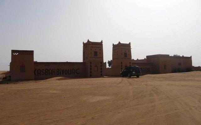 Отель Kasbah Bivouac Lahmada Марокко, Мерзуга - отзывы, цены и фото номеров - забронировать отель Kasbah Bivouac Lahmada онлайн вид на фасад