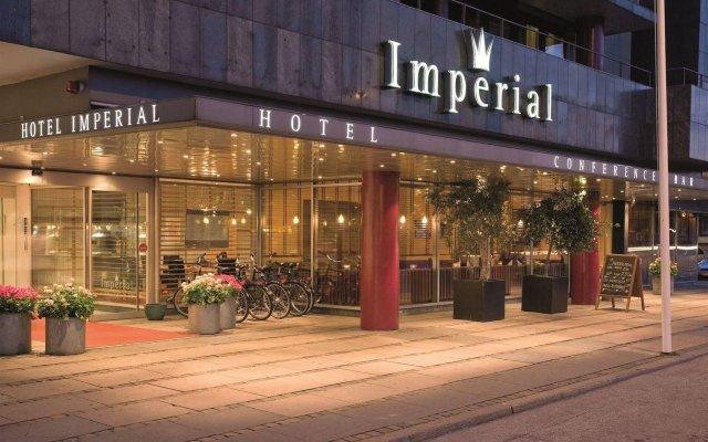 Imperial Hotel вид на фасад