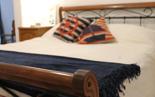 Апартаменты One - Seaview Apartment Марсаскала комната для гостей