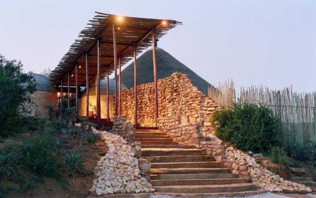 Nguni River Lodge Hotel вид на фасад