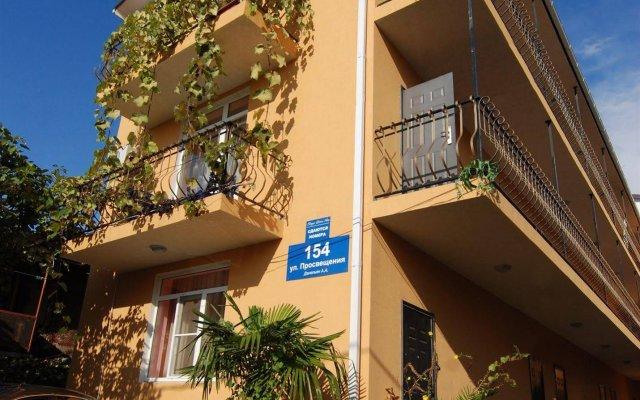 Отель Вилла Дежа Вю Сочи вид на фасад