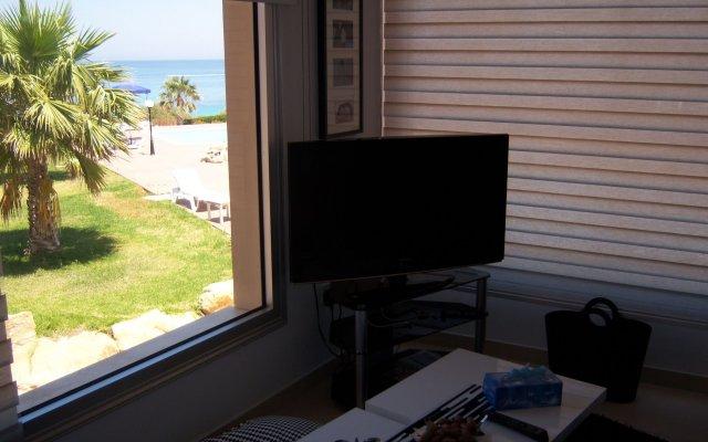 Отель Pallinio Apartments Кипр, Протарас - отзывы, цены и фото номеров - забронировать отель Pallinio Apartments онлайн комната для гостей