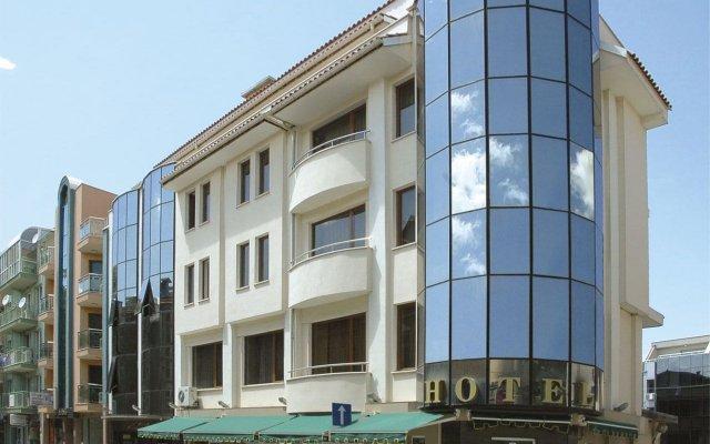 Отель Дафи Болгария, Пловдив - отзывы, цены и фото номеров - забронировать отель Дафи онлайн вид на фасад