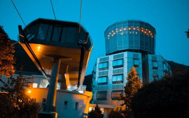 Отель Dajti Tower - Hotel Belvedere Албания, Тирана - отзывы, цены и фото номеров - забронировать отель Dajti Tower - Hotel Belvedere онлайн вид на фасад