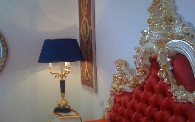 Апартаменты Luxury Apartments комната для гостей