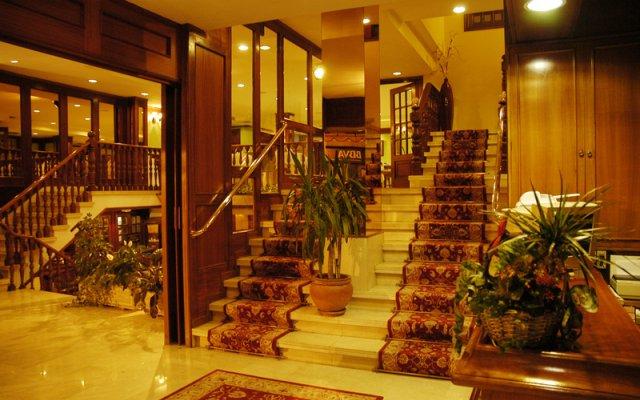 Отель Serantes Hotel Испания, Эль-Грове - отзывы, цены и фото номеров - забронировать отель Serantes Hotel онлайн вид на фасад