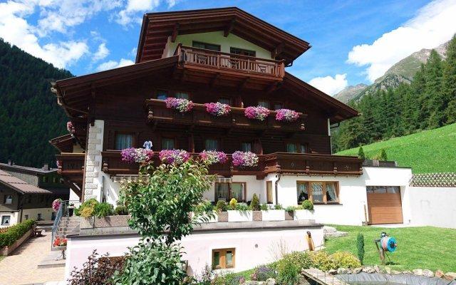 Отель Garni Schönblick Австрия, Хохгургль - отзывы, цены и фото номеров - забронировать отель Garni Schönblick онлайн вид на фасад