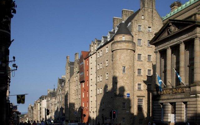 Отель Radisson Blu Hotel, Edinburgh City Centre Великобритания, Эдинбург - отзывы, цены и фото номеров - забронировать отель Radisson Blu Hotel, Edinburgh City Centre онлайн вид на фасад