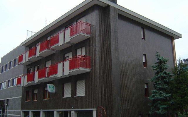 Отель Viserba Residence Италия, Милан - отзывы, цены и фото номеров - забронировать отель Viserba Residence онлайн вид на фасад