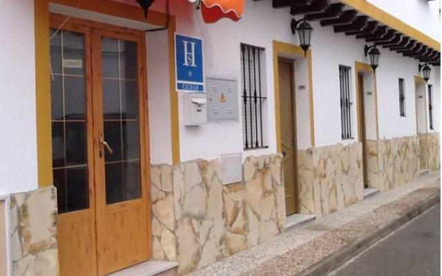 Отель Hostal Los Bateles Испания, Кониль-де-ла-Фронтера - отзывы, цены и фото номеров - забронировать отель Hostal Los Bateles онлайн вид на фасад