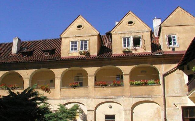 Отель In Prague Чехия, Прага - отзывы, цены и фото номеров - забронировать отель In Prague онлайн вид на фасад