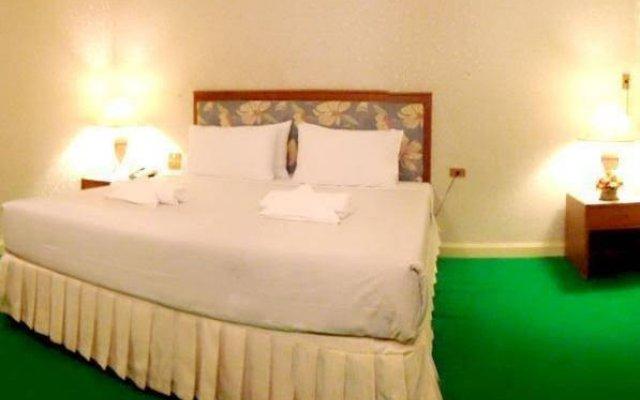 Отель PSU Lodge комната для гостей