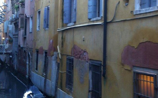 Отель Ca Leon Италия, Венеция - отзывы, цены и фото номеров - забронировать отель Ca Leon онлайн вид на фасад