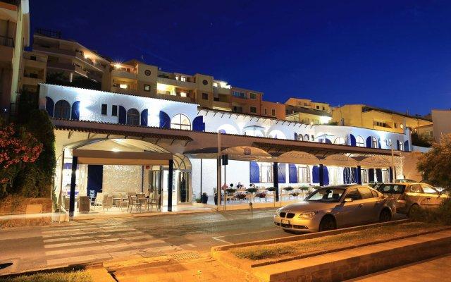 Hotel Meli Кастельсардо вид на фасад