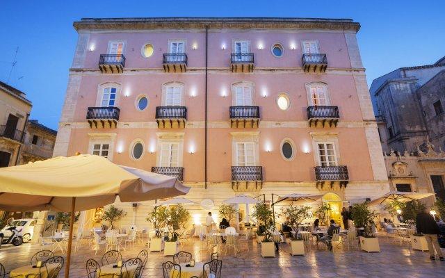 Antico Hotel Roma 1880 Сиракуза вид на фасад