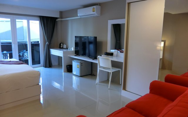 Отель crystal suites pattaya Паттайя комната для гостей