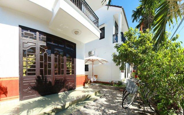 Отель Sunny Garden Homestay вид на фасад