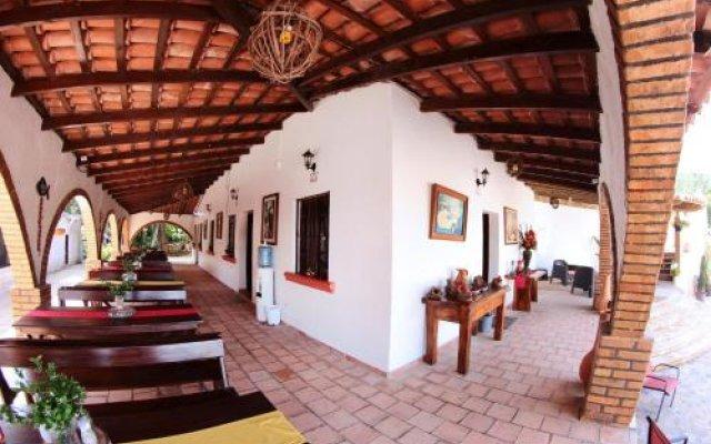 Отель y Cabañas Ros Гондурас, Тегусигальпа - отзывы, цены и фото номеров - забронировать отель y Cabañas Ros онлайн вид на фасад