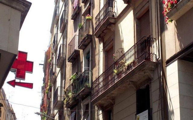 Отель MH Apartments Plaza Испания, Барселона - отзывы, цены и фото номеров - забронировать отель MH Apartments Plaza онлайн вид на фасад