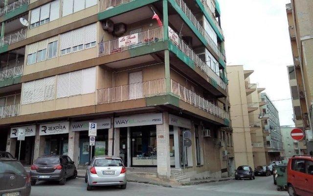 Отель B&B La Fonte Сиракуза вид на фасад