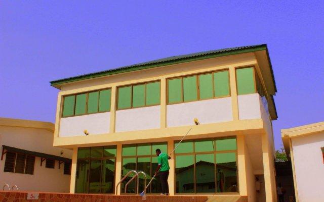 Отель Loreto Гана, Мори - отзывы, цены и фото номеров - забронировать отель Loreto онлайн вид на фасад