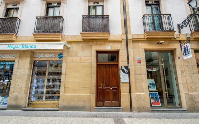 Отель Pensión Irune вид на фасад