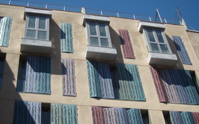 Отель Apartamentos Leganitos 9 вид на фасад