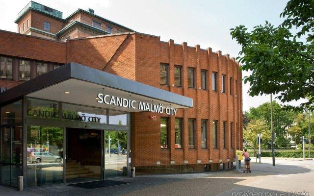 Отель Scandic Malmö City Мальме вид на фасад