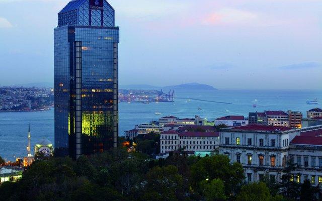 Отель The Ritz-Carlton, Istanbul пляж