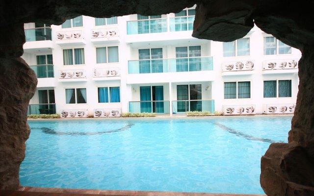Отель Amazon Condo & Water Park Pattaya Паттайя вид на фасад