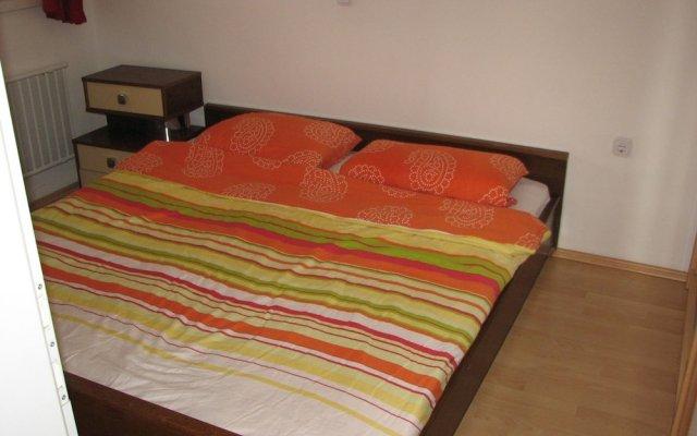 Апартаменты Bonini Apartments - Adults Only комната для гостей