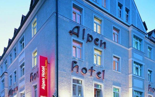 Отель Alpen Hotel München Германия, Мюнхен - 1 отзыв об отеле, цены и фото номеров - забронировать отель Alpen Hotel München онлайн вид на фасад
