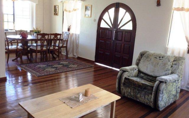 Отель Three Bedroom Holiday Accomodation Гайана, Джорджтаун - отзывы, цены и фото номеров - забронировать отель Three Bedroom Holiday Accomodation онлайн комната для гостей