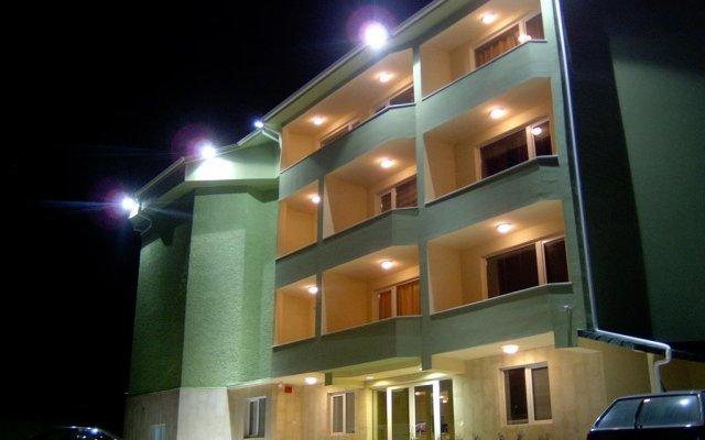 Отель Paralax Hotel Болгария, Варна - отзывы, цены и фото номеров - забронировать отель Paralax Hotel онлайн вид на фасад